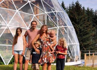 В течение 4 лет эта семья живет за полярным кругом. Ты будешь сражен, когда увидишь их дом!
