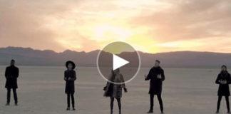 ЭТА ВЕРСИЯ ЛЮБИМОЙ ПЕСНИ УЖЕ НАБРАЛА НА YOUTUBE 122 МЛН ПРОСМОТРОВ. СПОРИМ, ВЫ БУДЕТЕ В ШОКЕ ОТ УСЛЫШАННОГО?