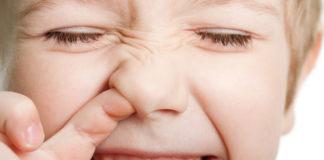Оказывается, ты всегда останавливал носовое кровотечение неправильно! Важно знать каждому! Губительная ошибка...