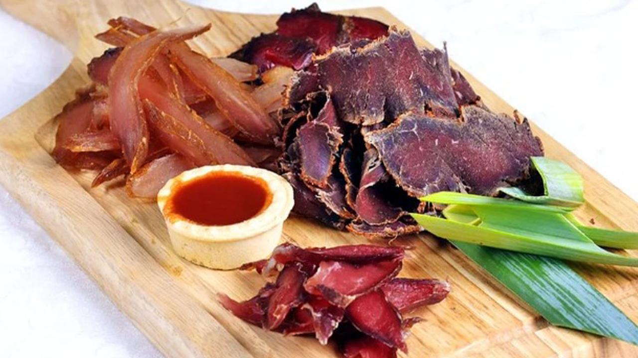 Вяленое мясо - рецепты в домашних условиях из говядины, свинины и куриной грудки. Пальчики оближешь!