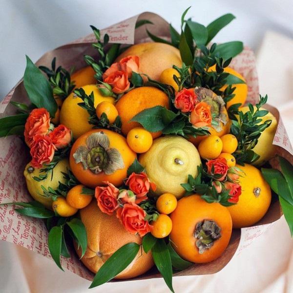 Сделать букет из цветов и фруктов своими руками