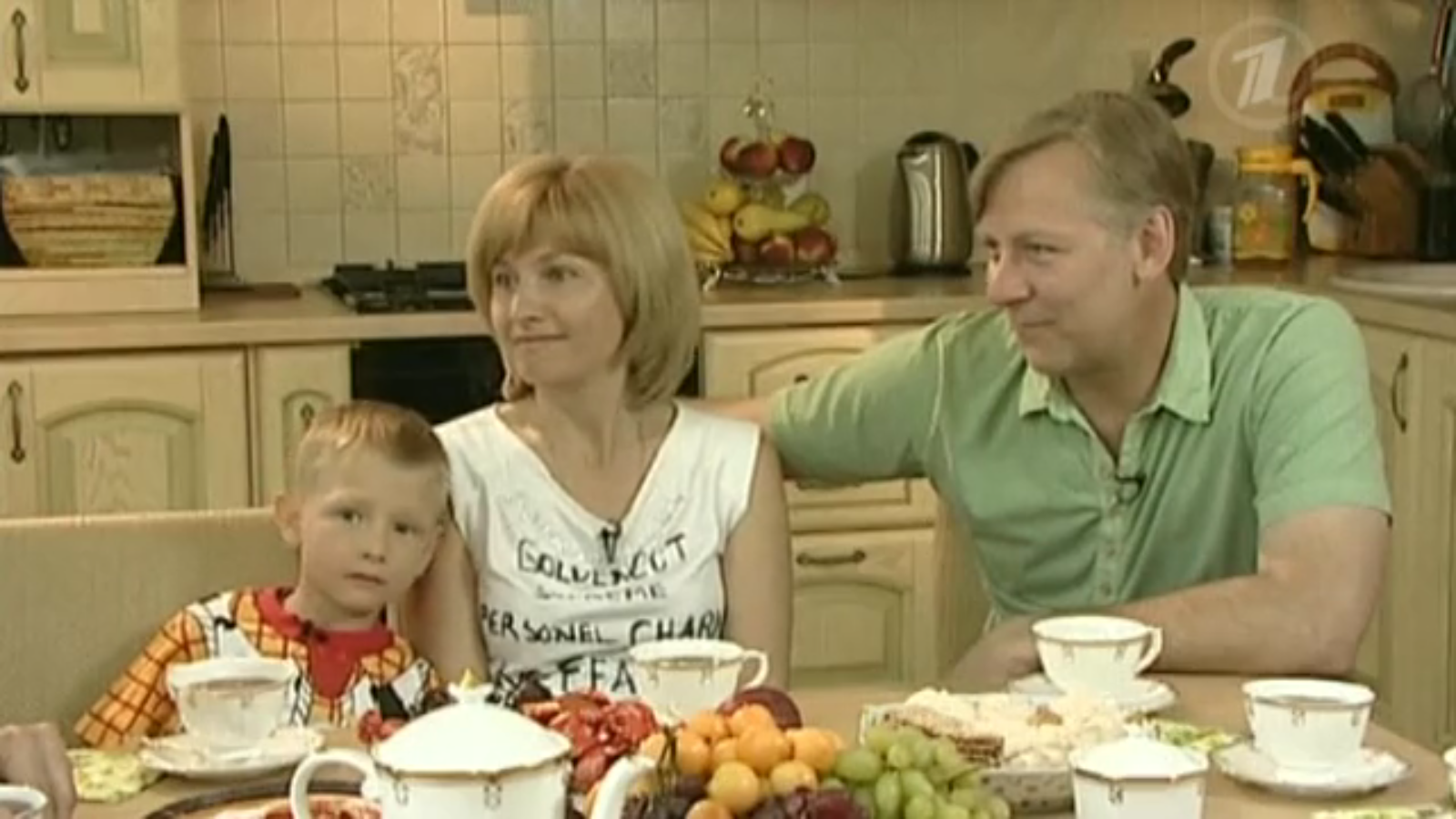 Let mom listen: Russian stars who adopted children