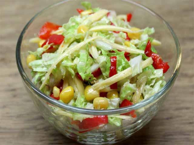 как правильно приготовить салат из свежей капусты