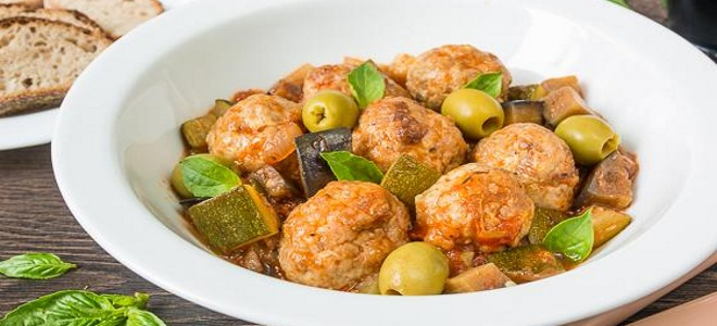 Chopped Meatballs - 8 of the Best Soup or Hot Meatballs Recipes
