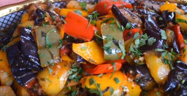 Овощное рагу с кабачками и баклажанами и мясом рецепт