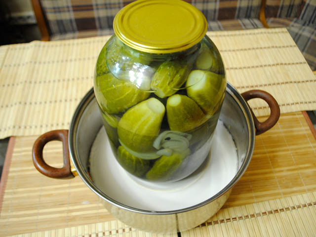Instant sauerkraut crispy and juicy
