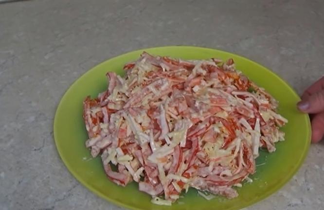 Рецепт салата с крабами самый вкусный с