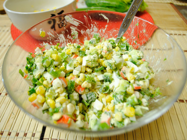 салат из фасоли с кукурузой и огурцом рецепт