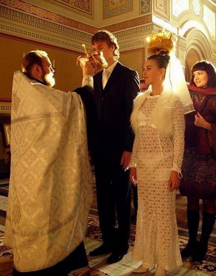 В Каком Платье Венчаются В Церкви