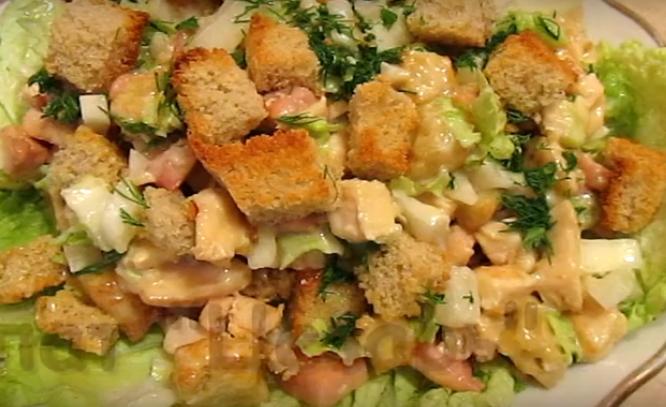 Цезарь салат с курицей и сухариками рецепт пошагово в