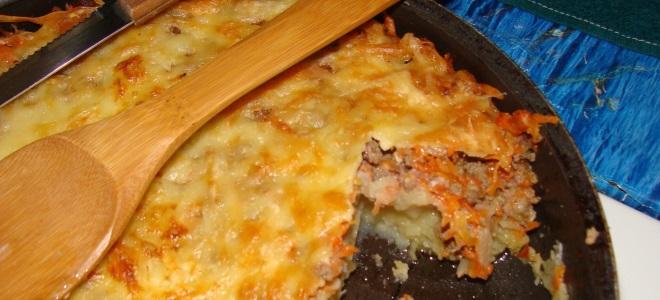 Фарш лук и картошка в духовке 7