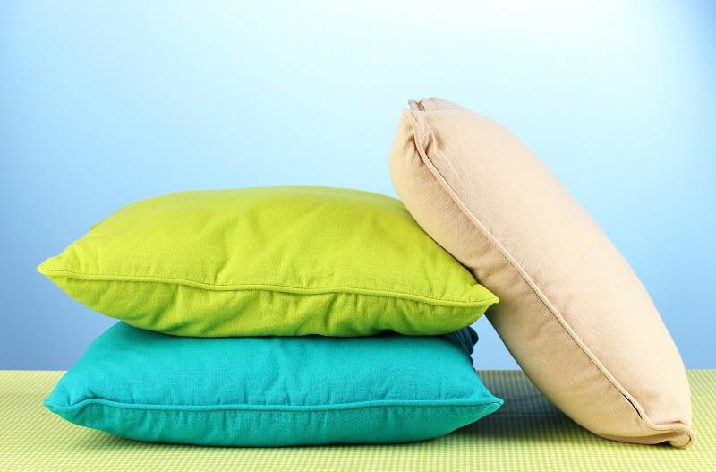 Пожелтевшая подушка вновь стала белоснежной! Идеальная стирка и сушка.