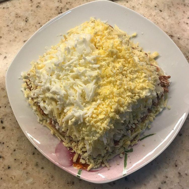 Салат австрийский. Нежный, многослойный салат для праздничного стола