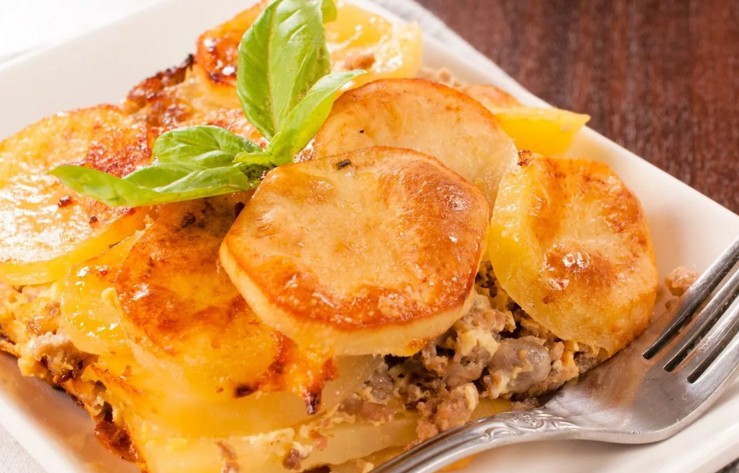 French Pork Meat: 7 Cooking Recipes With Potatoes In The Oven
