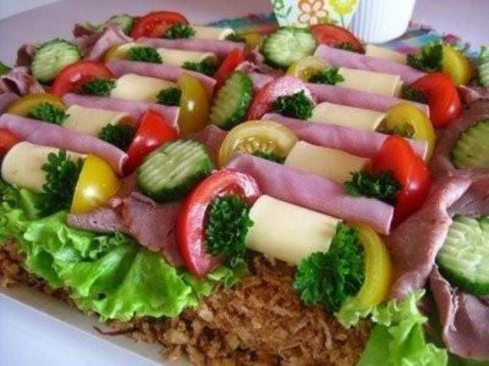 Скандинавская кухня: 11 простых и очень аппетитных тортов-сэндвичей