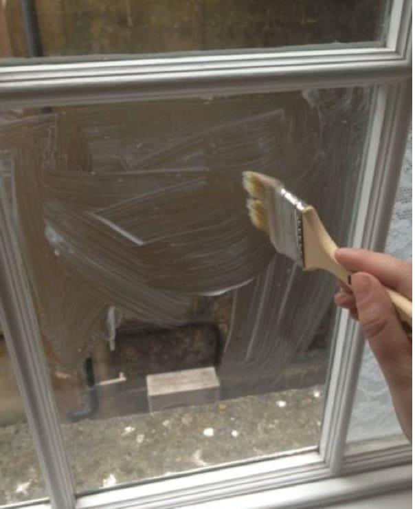 Шторы тебе больше не понадобятся! Всего один час — и твое жилье больше не будет прежним. Простой способ изменить свое окно.
