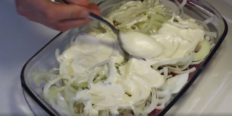 мясо с грибами в духовке рецепты с помидорами