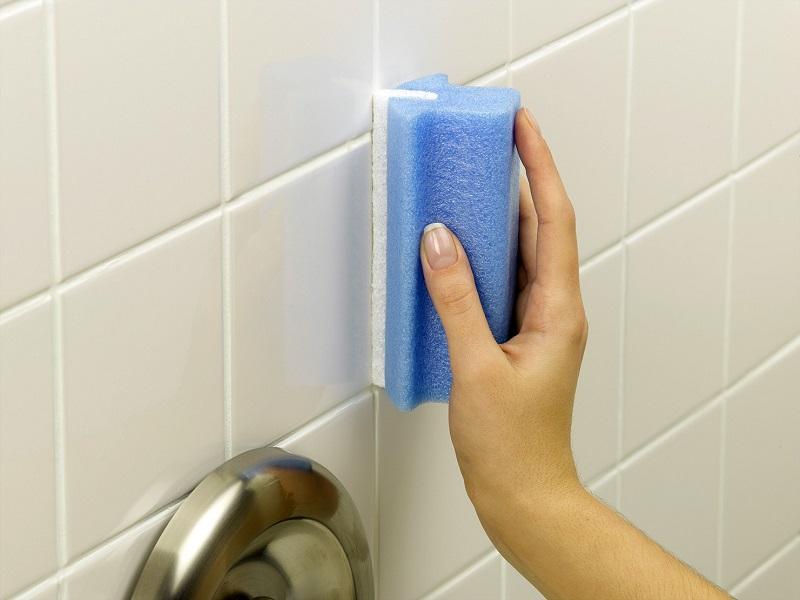 Как очистить швы между плиткой в домашних  9