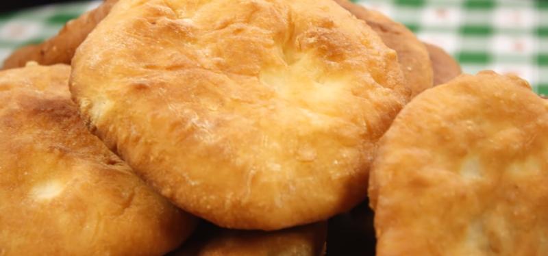 Пухлые беляши на скорую руку «Беляши от души»: сочные и аппетитные пирожки будто из любимой бабушкиной печки. Непонятные беляши на рынке не покупаю.