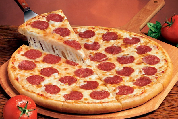 Пицца «Пепперони»: воплощаем классический рецепт и добавляем новые компоненты