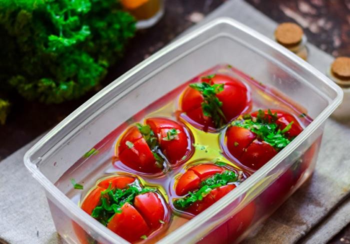 Идеальные малосольные помидоры по-армянски: три дня — и всё готово