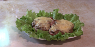 Мясо, запеченное с грибами и сыром – идеальное блюдо для любого праздника