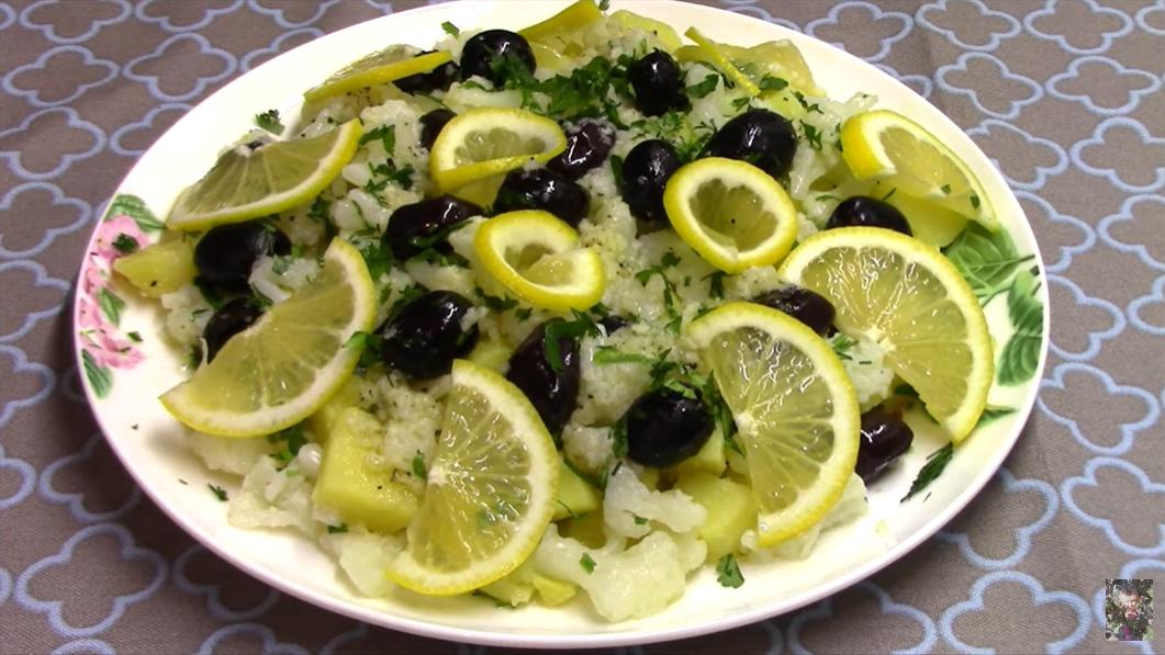 Нет никакого майонеза в этом в салате: цветная капуста с картофелем - полезный и очень вкусный гарнир для любого мяса
