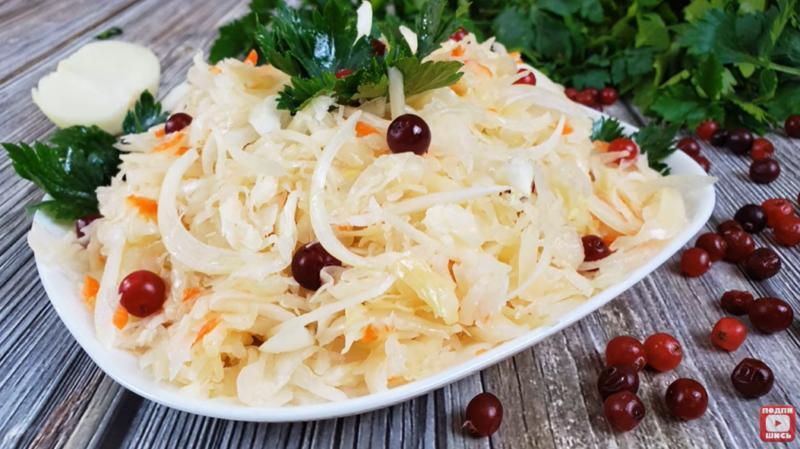 Самый известный рецепт соленой капусты
