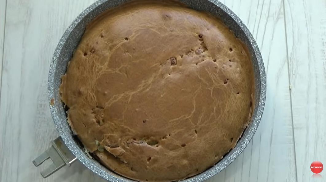 Пирог «Круглый год» - 5 минут и в духовку. Универсальный, доступный рецепт.