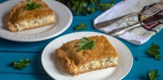 Простой пирог с рыбными консервами