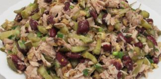 Быстрая закуска на «экстренный случай»: салат с курицей и фасолью