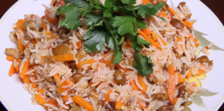 Как приготовить сытный обед для всей семьи? Рис с опятами и томатной пастой.
