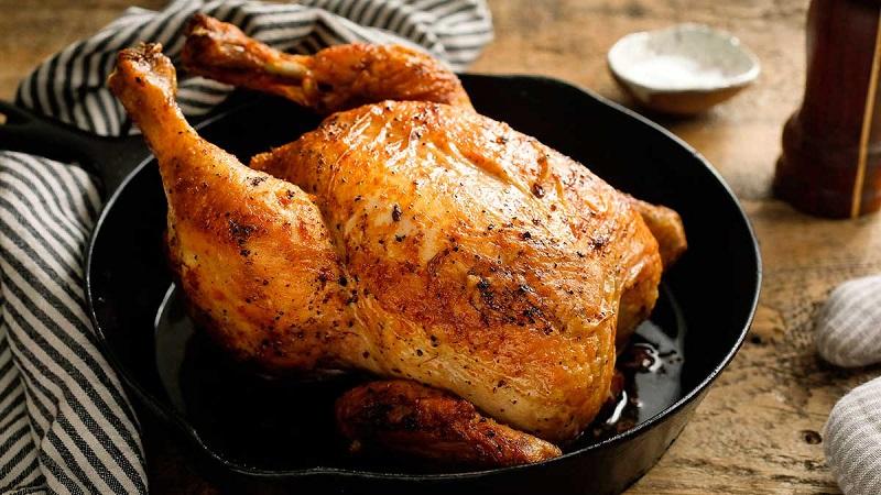Чем шефы натирают курицу