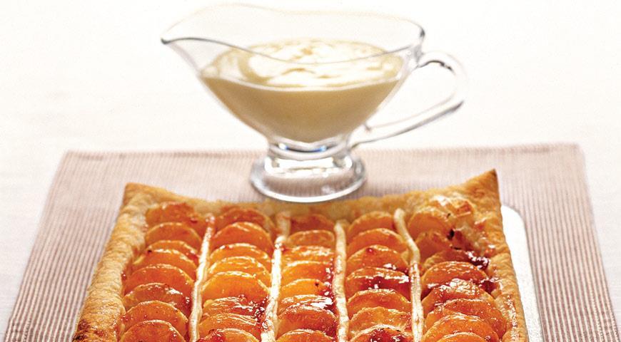 Пирог с мандаринами и кремом сабайон