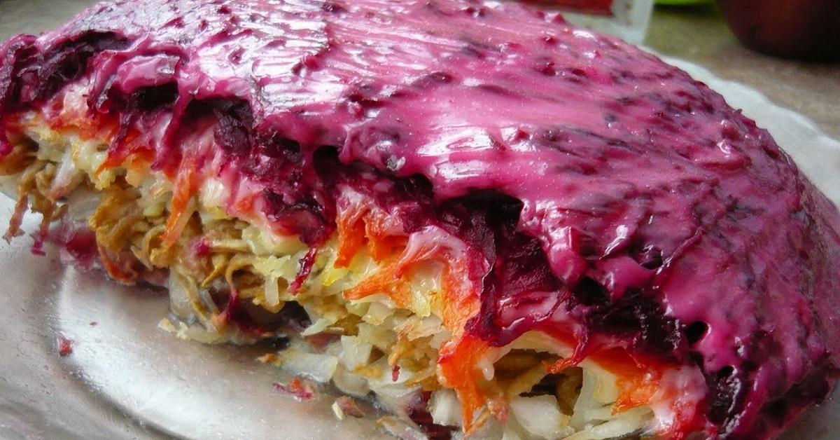 7 обновленных рецептов селедки под шубой. Апгрейд легендарного салата!