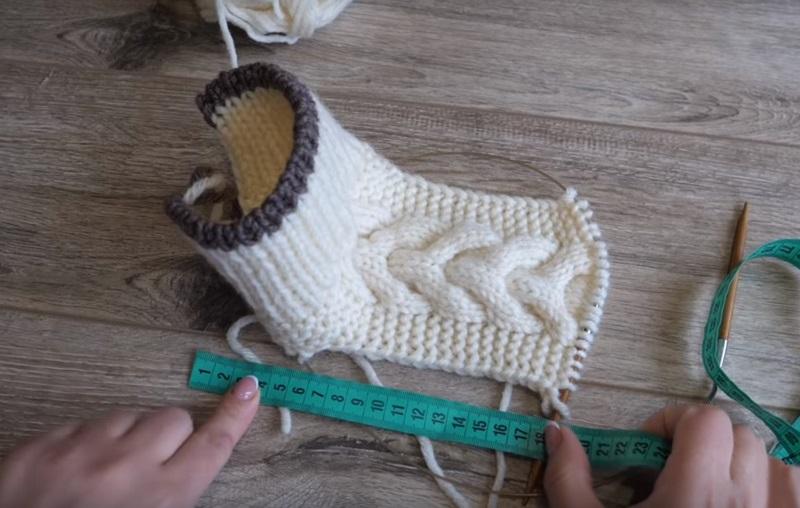 Как связать бесшовные носки на двух спицах
