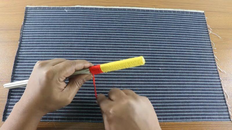 Необычный способ сделать коврик без вязания, шитья и плетения