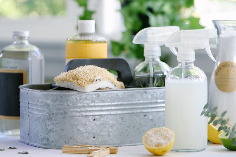Как приготовить средство, выталкивающее грязь из ковра