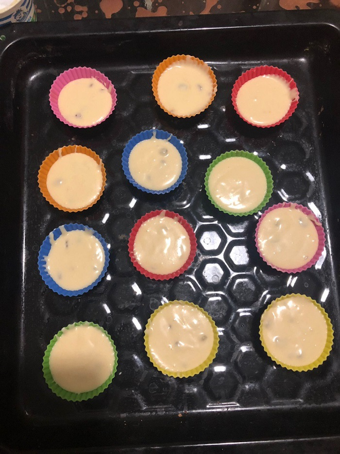 Инструкция по приготовлению нежных кексов на сметанной основе