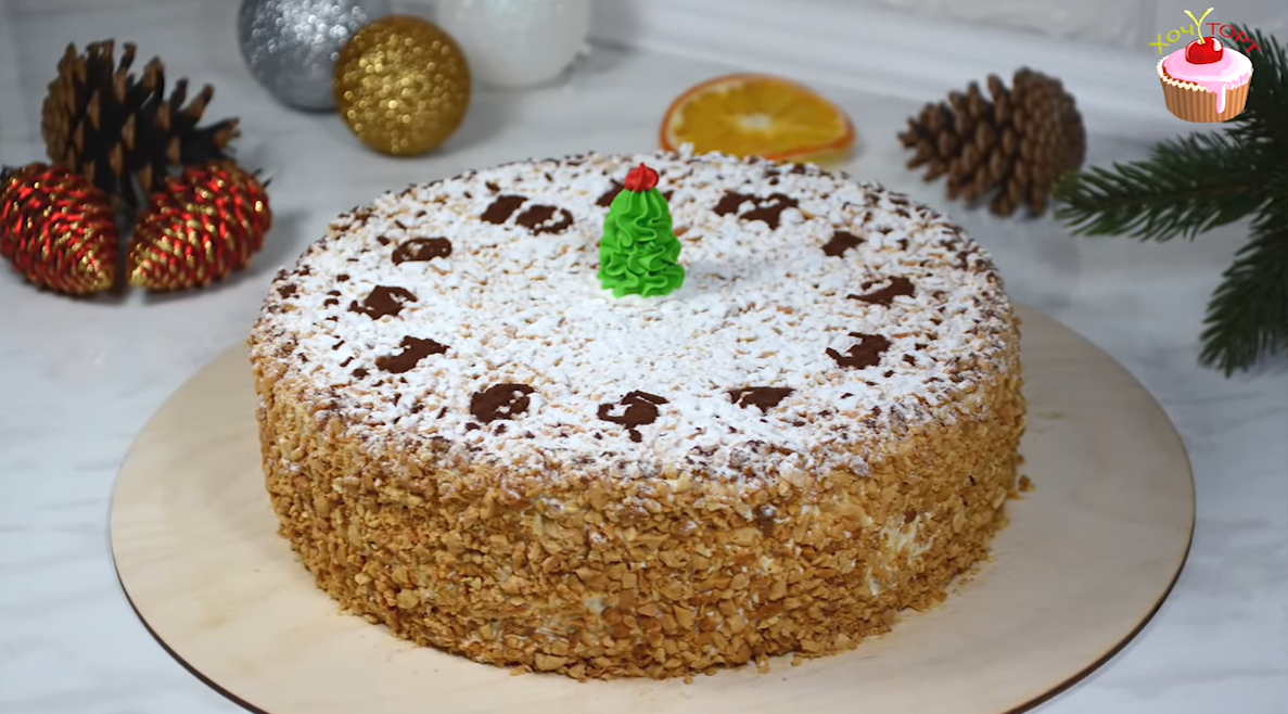 Бисквитный торт с кремом Шарлотт – идеальный подарок к чаю