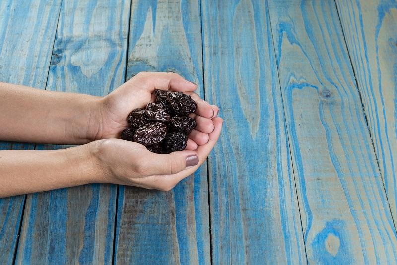 Рецепт закуски из чернослива без сметаны