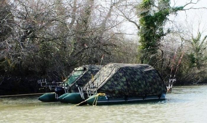 Палатки на воде: идеальный вариант для заядлых рыбаков