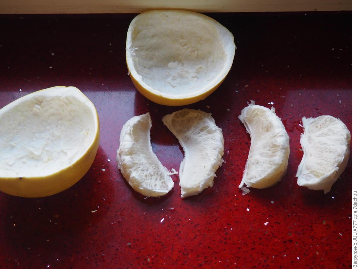 """Фруктовый салат для взрослых """"Тропический остров"""" с помело и орехами"""