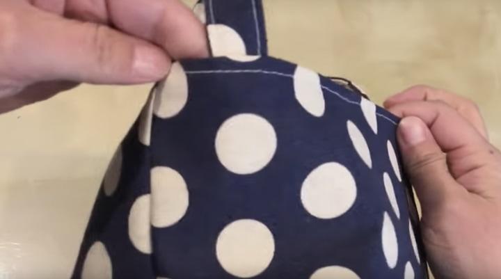 Практичная, мягкая корзина для мелочей из подручных материалов