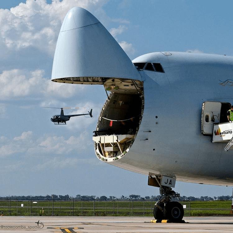 Месяцев, картинки прикольные самолеты