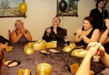 Одиннадцать веселых игр для компании взрослых