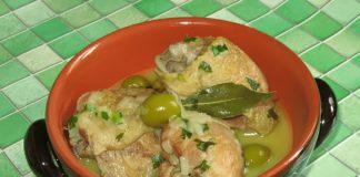 Кулинарная экзотика: рецепт цыпленка с миндалем по-мароккански