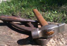 Секрет фирмы: зачем турецкие строители просверливают молоток