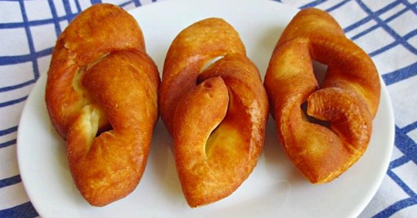 Рецепт суперпончиков по-венгерски: как наш хворост, только намного пышнее! Обязательно посыпаю сахарной пудрой.
