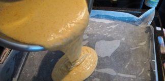 Простейший рецепт медовика: без расстойки, замеса и раскатывания коржей